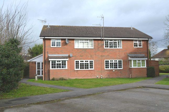 Thumbnail Flat to rent in Summerleys Road, Princes Risborough