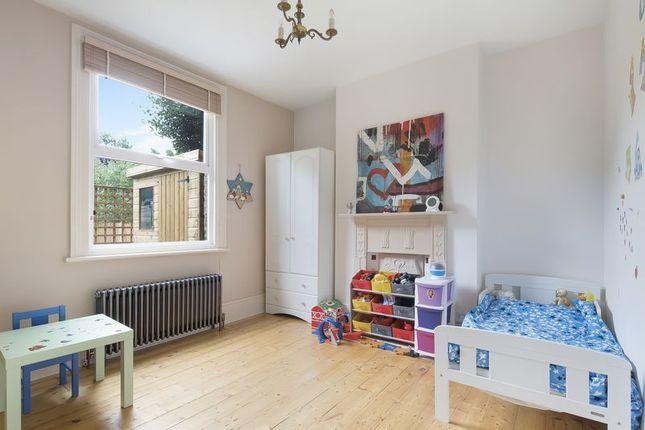 Bedroom of Ellison Road, London SW16