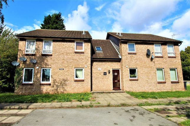Thumbnail Flat to rent in Cotswold Court, Beeston, Nottingham