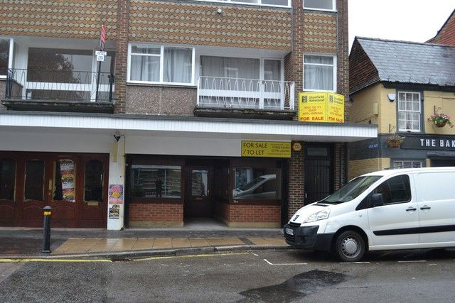 Thumbnail Retail premises to let in High Street, Alton