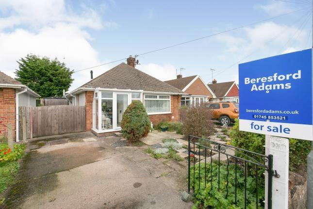 Thumbnail Bungalow for sale in Ffordd Derwen, Rhyl, Denbighshire