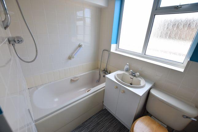 Bathroom of Val Prinseps Road, Pevensey Bay BN24