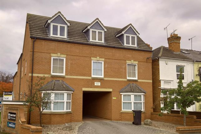 1 bed flat to rent in Checketts Lane, Worcester WR3