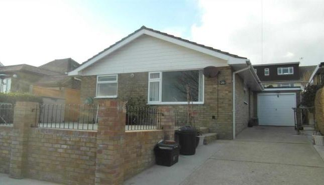 Thumbnail Detached bungalow to rent in Findon Avenue, Saltdean, Brighton