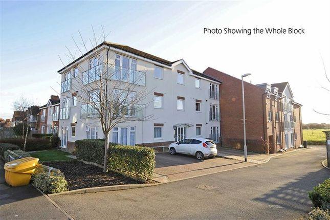 Thumbnail Flat to rent in Croyland Road, Wellingborough