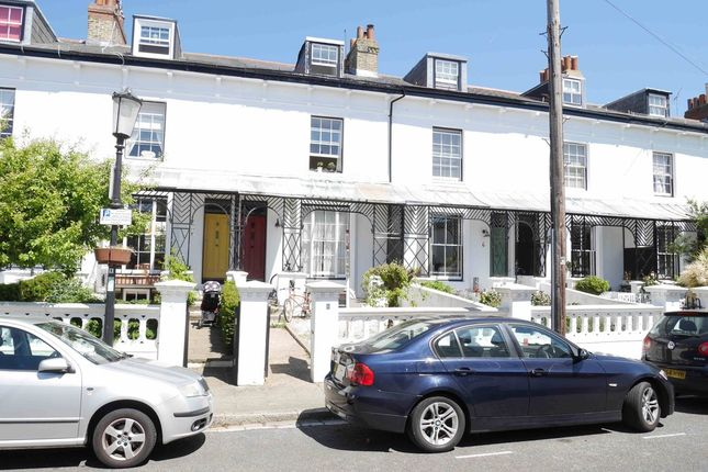 5 bed terraced house to rent in Netley Terrace, Southsea