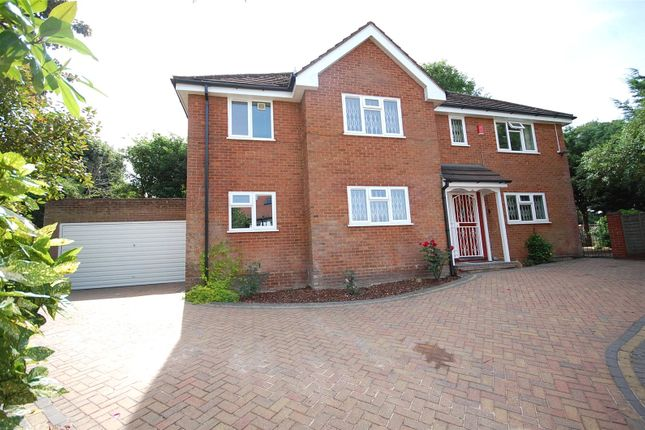 Thumbnail Detached house to rent in Church Crescent, Finchley, London