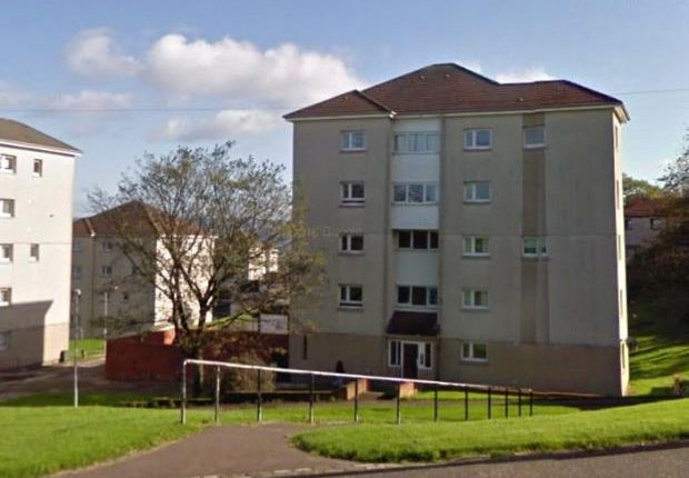 Thumbnail Flat to rent in Westfield Road, Port Glasgow, Inverclyde