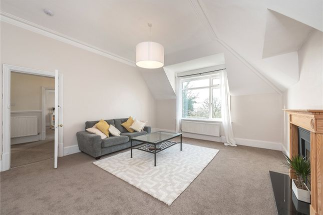 3 bed flat for sale in Chesterford Gardens, Hampstead, London