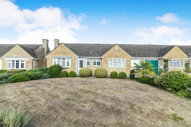 Thumbnail Bungalow for sale in Arbour Close, Mickleton, Chipping Campden, Gloucestershire