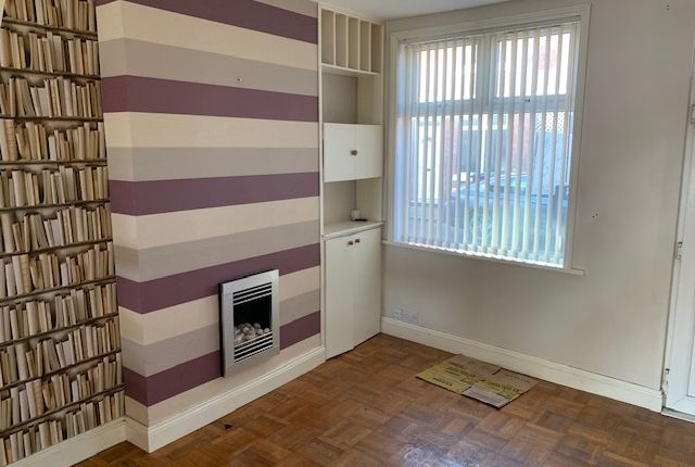 Thumbnail Terraced house to rent in Beaumanor Road, Leicester