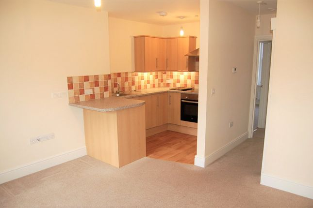 Thumbnail 2 bed flat to rent in Nugget Buildings, 27-29 Gold Street, Tiverton, Devon
