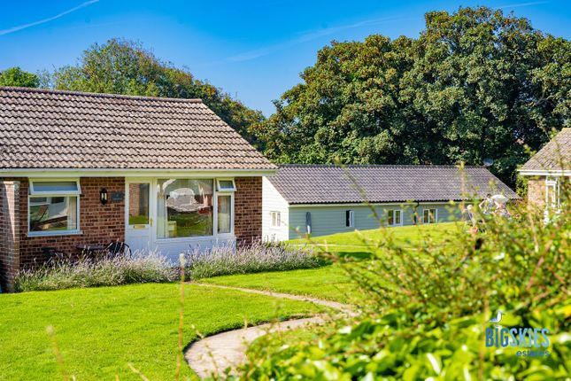 Thumbnail Property for sale in 4 Royal Chalet Park, Paston Road, Mundesley