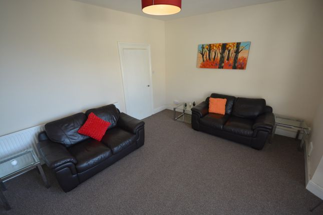 2 bed property to rent in Rose Hill, Swansea