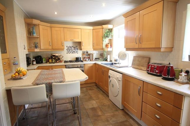 Thumbnail Flat to rent in Givenchy Court, Aigburth Road, Liverpool