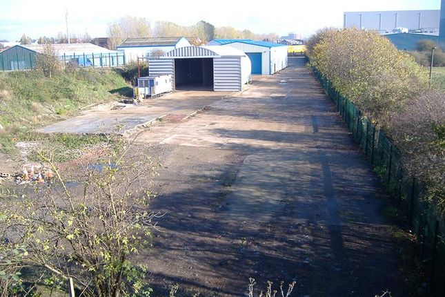 Thumbnail Light industrial to let in South Plot, Hedley Avenue, West Thurrock, Grays, Essex