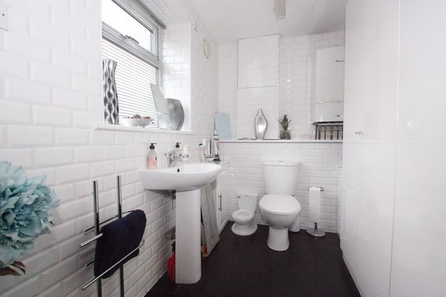 Photo 15 of Tower House Guest House, Pontefract, West Yorkshire WF8