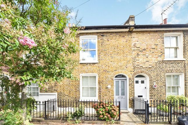 2 bed terraced house to rent in Whitworth Street, London SE10