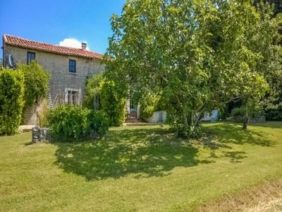11 bed property for sale in Near-Villebois-Lavalette, Charente, France