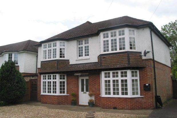 2 bed flat to rent in Gosport Lane, Lyndhurst