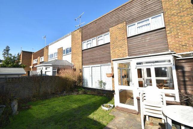 Thumbnail Terraced house for sale in Clover Walk, Edenbridge