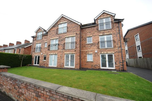 Thumbnail Flat for sale in Connsbrook Avenue, Belfast
