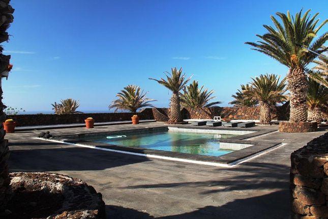 Thumbnail Villa for sale in Village, Yaiza, Lanzarote, 35572, Spain