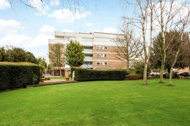 Thumbnail Flat for sale in The Bowls, Chigwell, Essex