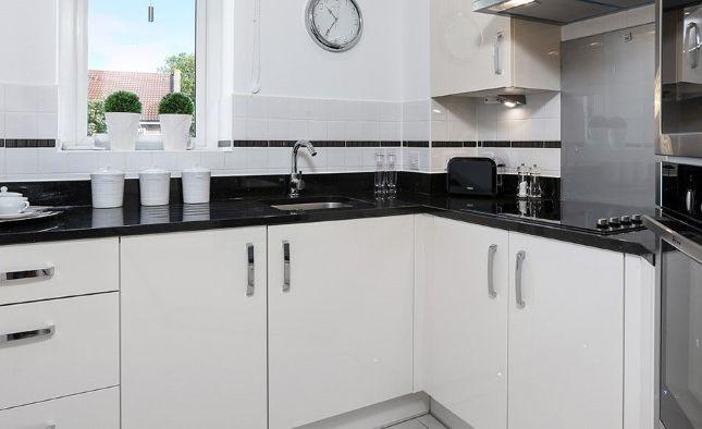 1 bedroom flat for sale in Sandy Lane, Prestatyn