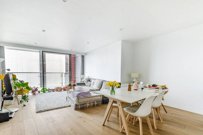 Thumbnail Flat for sale in Central St Giles Piazza, Covent Garden, London
