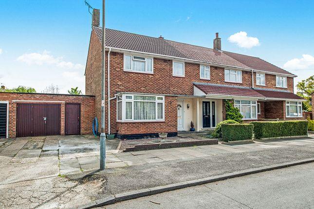 Thumbnail Semi-detached house for sale in Rant Meadow, Hemel Hempstead