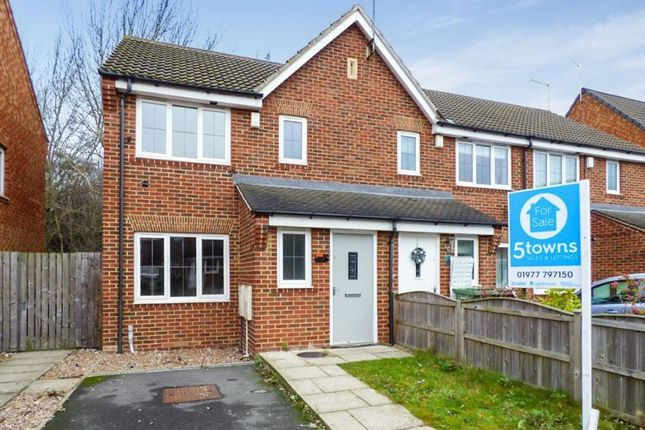 Thumbnail Property to rent in Cromwell Mount, Pontefract