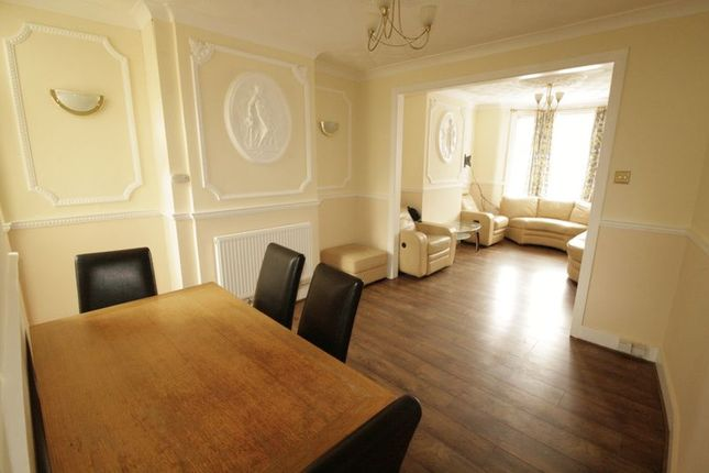 Thumbnail Terraced house to rent in Ranelagh Road, London