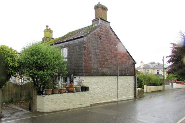 Thumbnail Cottage to rent in West Street, Liskeard