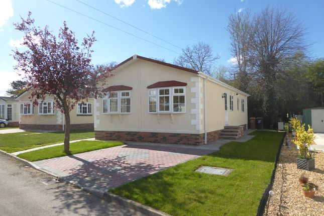 Thumbnail Mobile Park Home For Sale In Farm Church Minshull Nantwich