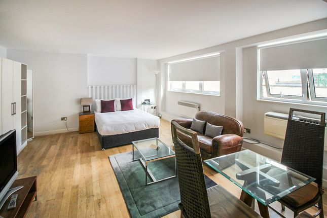 Studio to rent in Bishopsgate, London EC2M