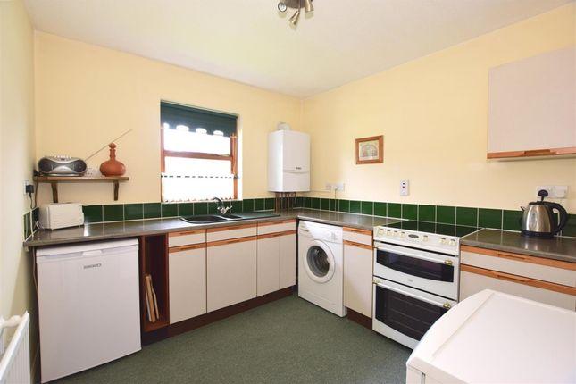 2 bedroom flat to rent in Medina Avenue, Newport