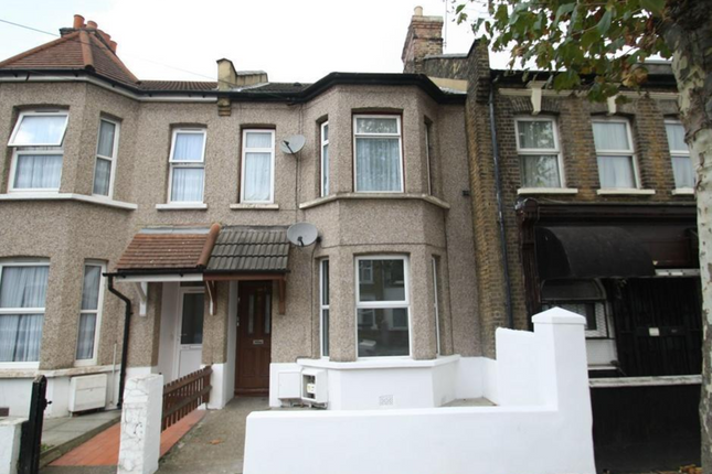 2 bed flat for sale in Charlemont Road, London E6
