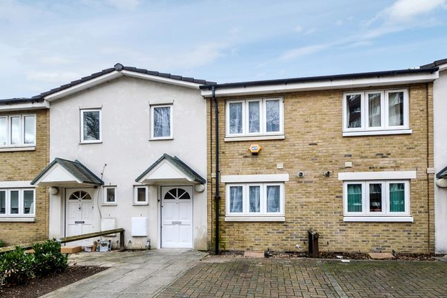 2 bed terraced house for sale in Sapphire Road, London SE8