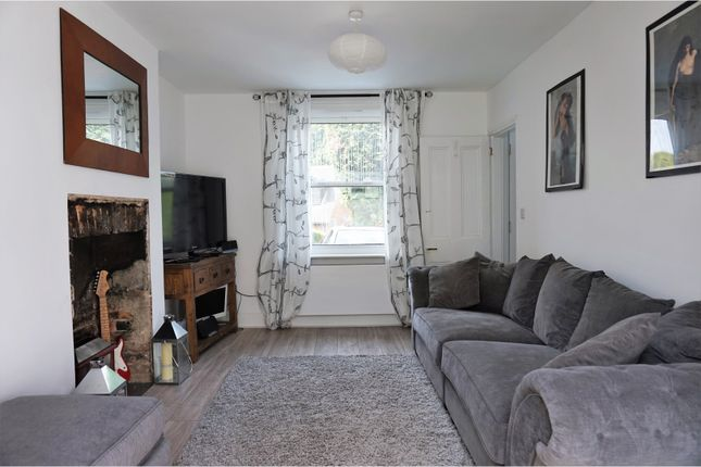 Thumbnail Terraced house for sale in Highfields, Forest Row