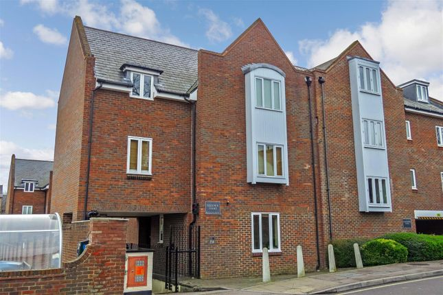 Thumbnail Flat for sale in Upper King Street, Royston
