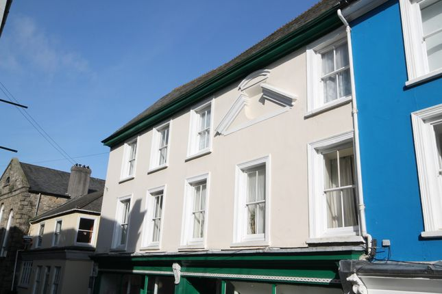 1 bed flat to rent in Lower Market Street, Penryn, Cornwall TR10