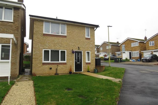 Thumbnail Property to rent in Glebe Close, Hemel Hempstead