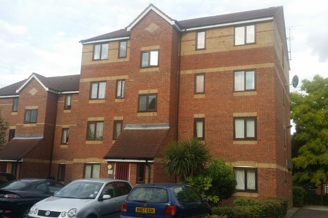 1 bed flat for sale in Cherry Blossom Close, Palmers Green
