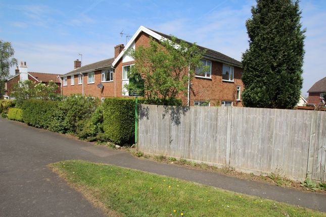 Thumbnail Flat for sale in Hastings Road, Pembury, Tunbridge Wells