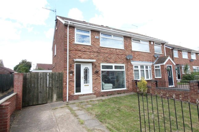 Thumbnail Semi-detached house for sale in Grenville Bay, Bilton, Hull