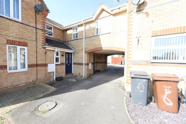 Thumbnail Terraced house for sale in Eversfield Close, Kingswood, Hull