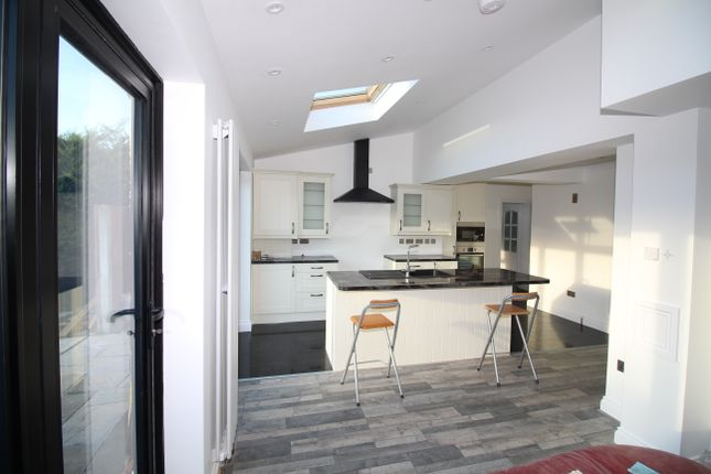 Thumbnail Semi-detached house to rent in Woodlands Road, Romford