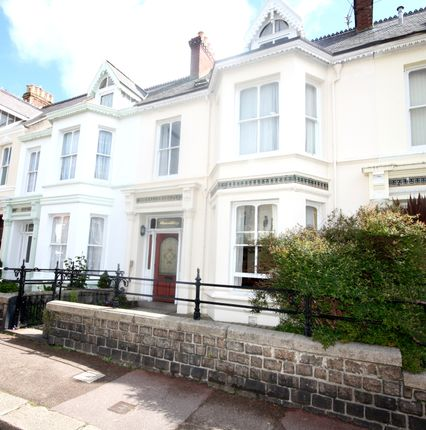 Thumbnail Town house for sale in Roseville Street, St Helier