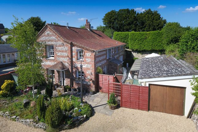Thumbnail Cottage for sale in High Street, Sixpenny Handley, Salisbury